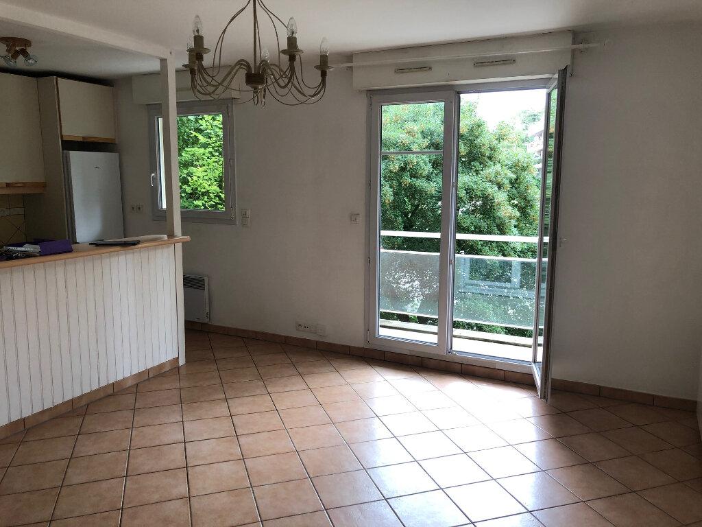 Appartement à louer 3 53.88m2 à Meaux vignette-2