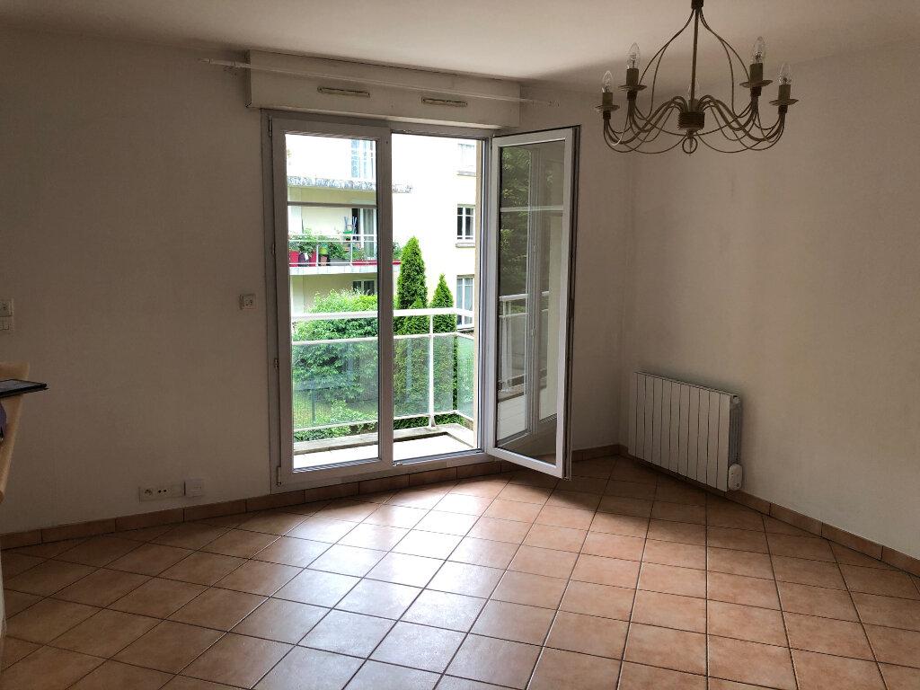 Appartement à louer 3 53.88m2 à Meaux vignette-3