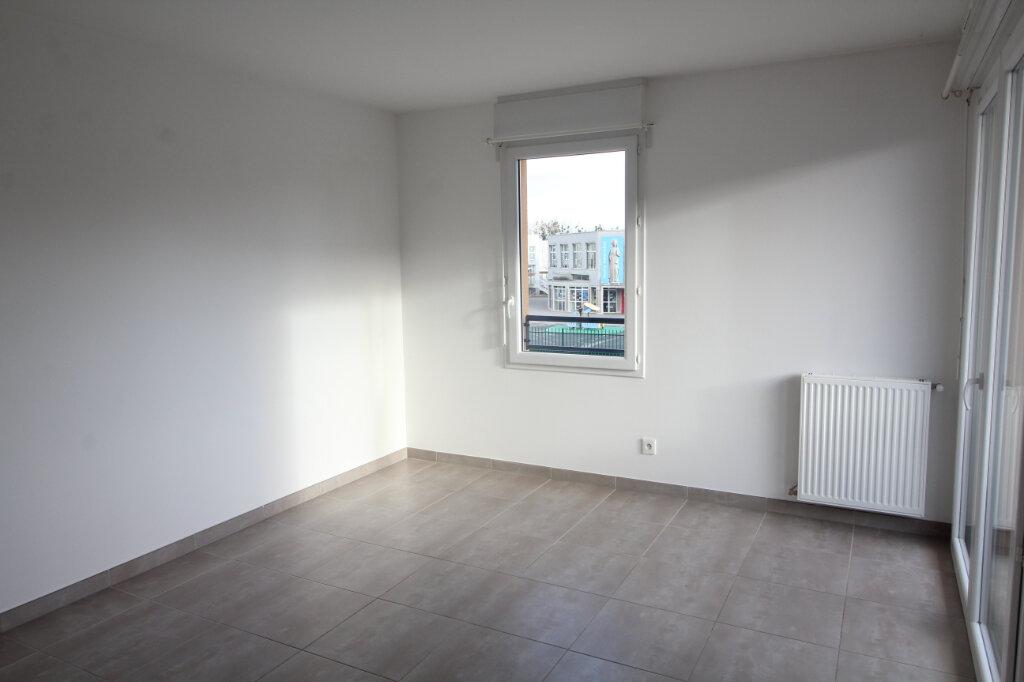 Appartement à louer 2 46.58m2 à Meaux vignette-2