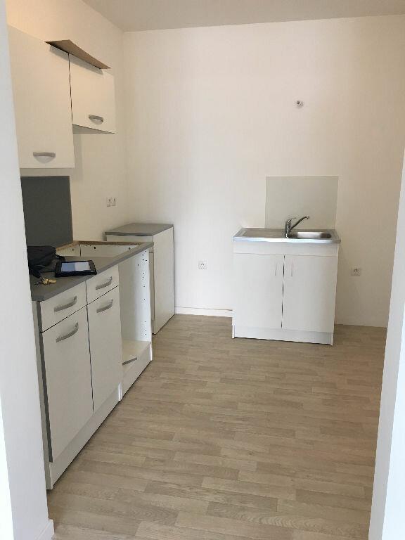 Appartement à louer 2 46.81m2 à Villenoy vignette-4