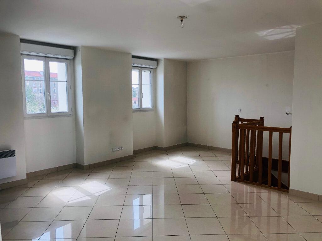 Appartement à louer 4 95.24m2 à Meaux vignette-2