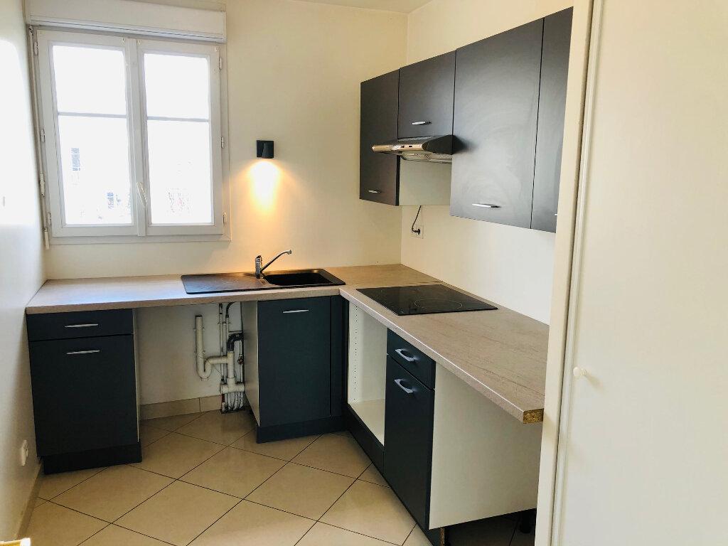 Appartement à louer 4 95.24m2 à Meaux vignette-4