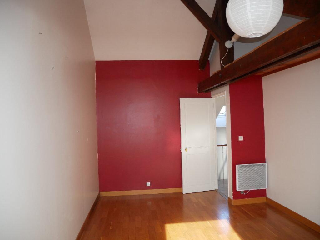 Maison à louer 7 179.5m2 à Meaux vignette-8