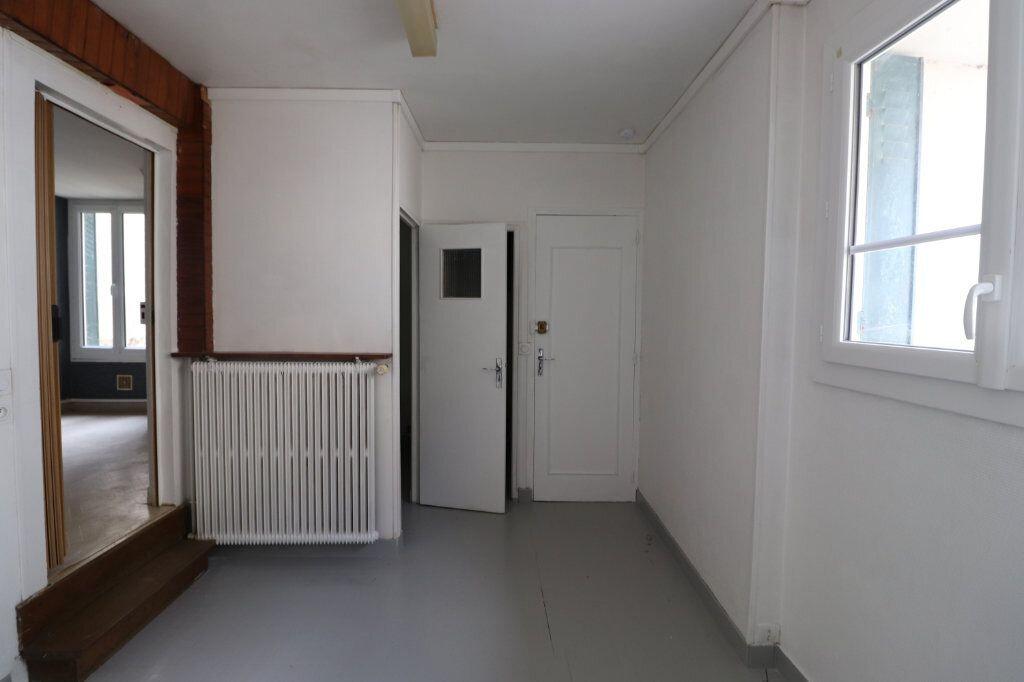 Appartement à louer 3 53m2 à Choisy-en-Brie vignette-5