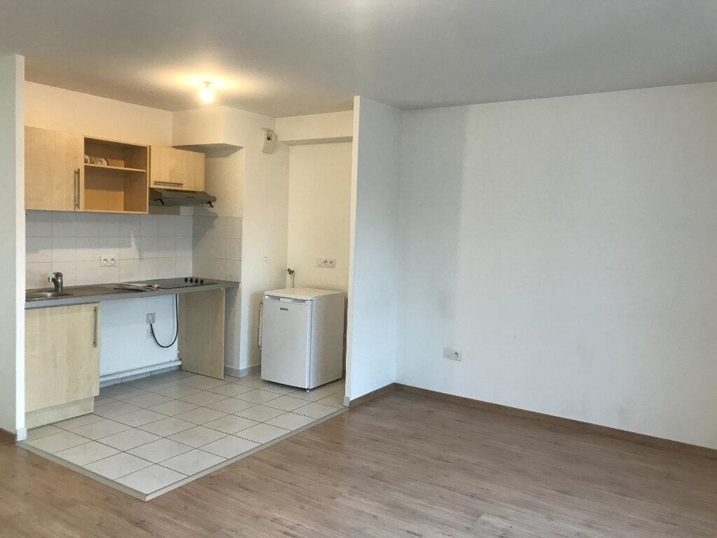 Appartement à louer 3 64.95m2 à Meaux vignette-2