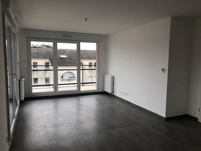 Appartement à louer 3 55.96m2 à Meaux vignette-2
