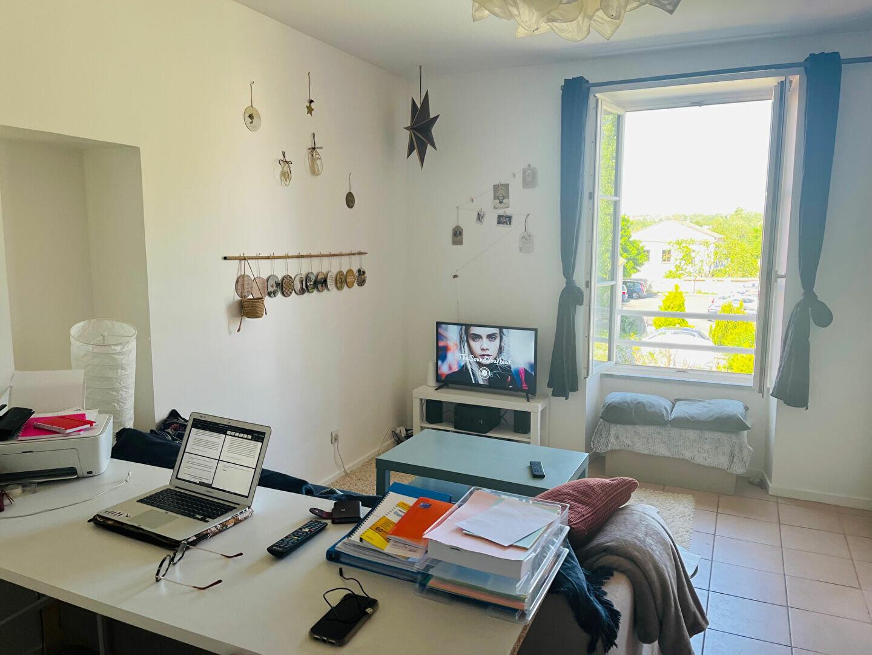 Appartement à louer 2 33.15m2 à Meaux vignette-2