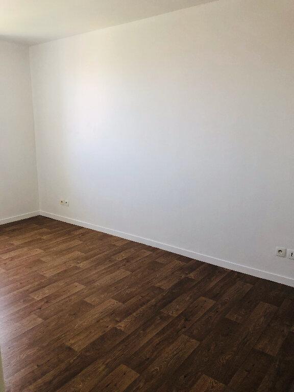 Appartement à louer 3 60m2 à Meaux vignette-3
