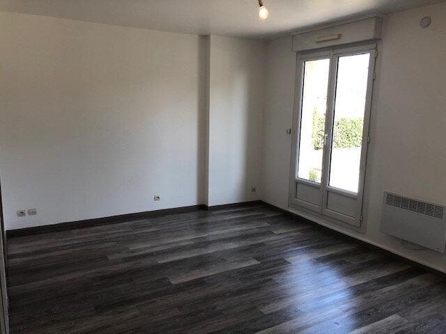 Appartement à louer 1 26.4m2 à Villenoy vignette-2