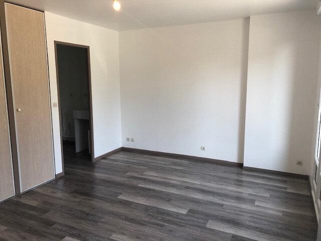 Appartement à louer 1 26.4m2 à Villenoy vignette-3