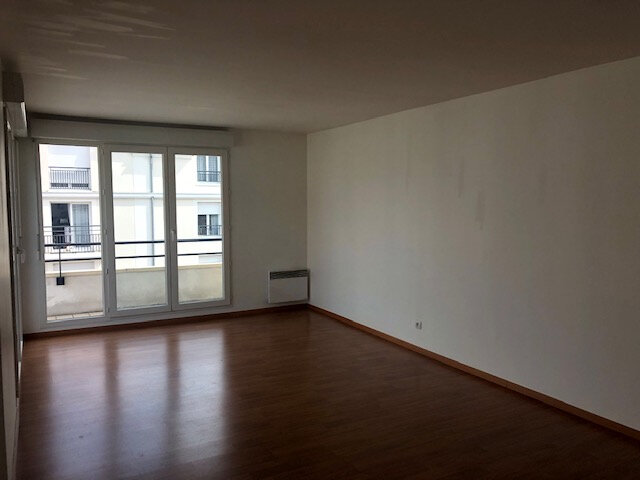 Appartement à louer 2 55m2 à Meaux vignette-2