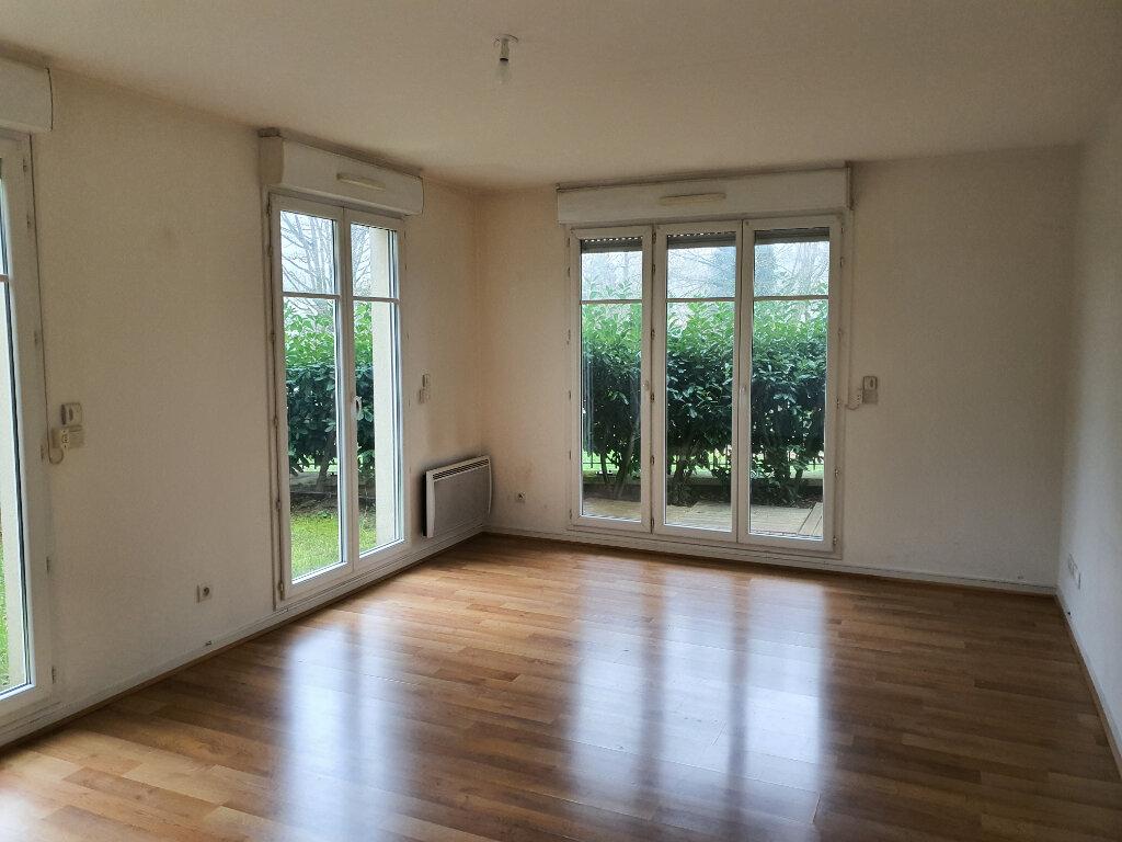 Appartement à louer 2 56.18m2 à Meaux vignette-2