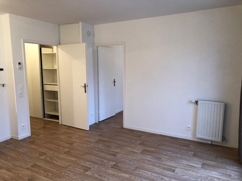 Appartement à louer 2 41m2 à Villenoy vignette-3