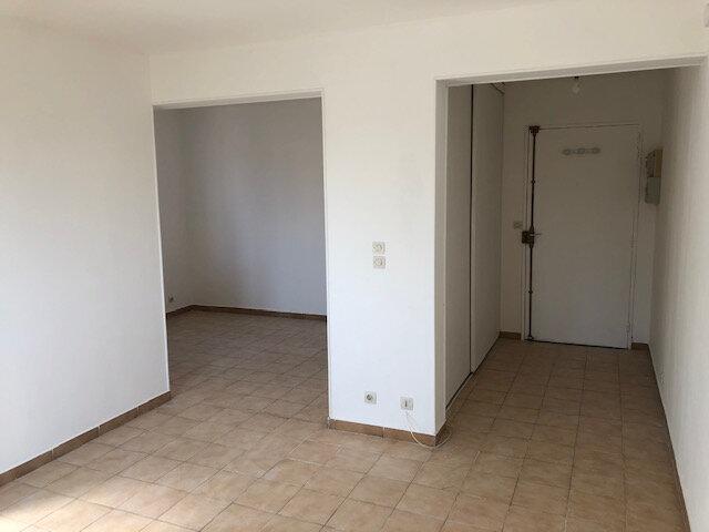 Appartement à louer 1 31.12m2 à Chambry vignette-2