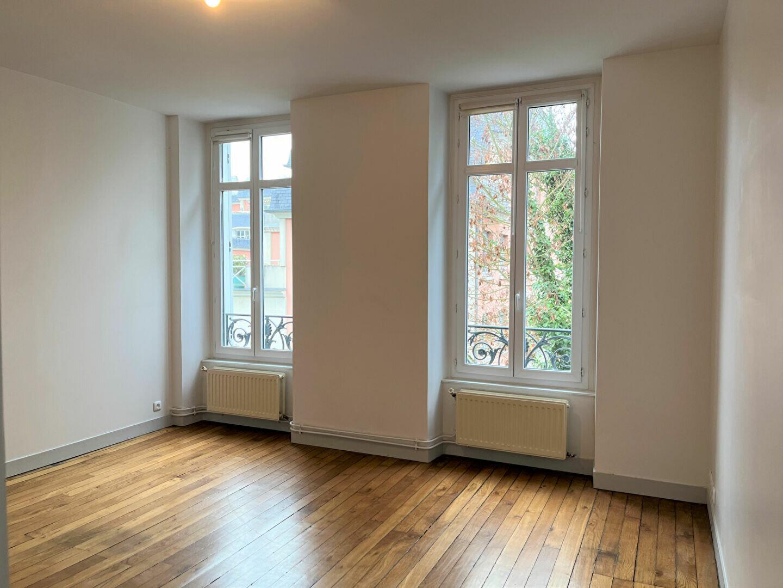 Appartement à louer 2 45m2 à Meaux vignette-1