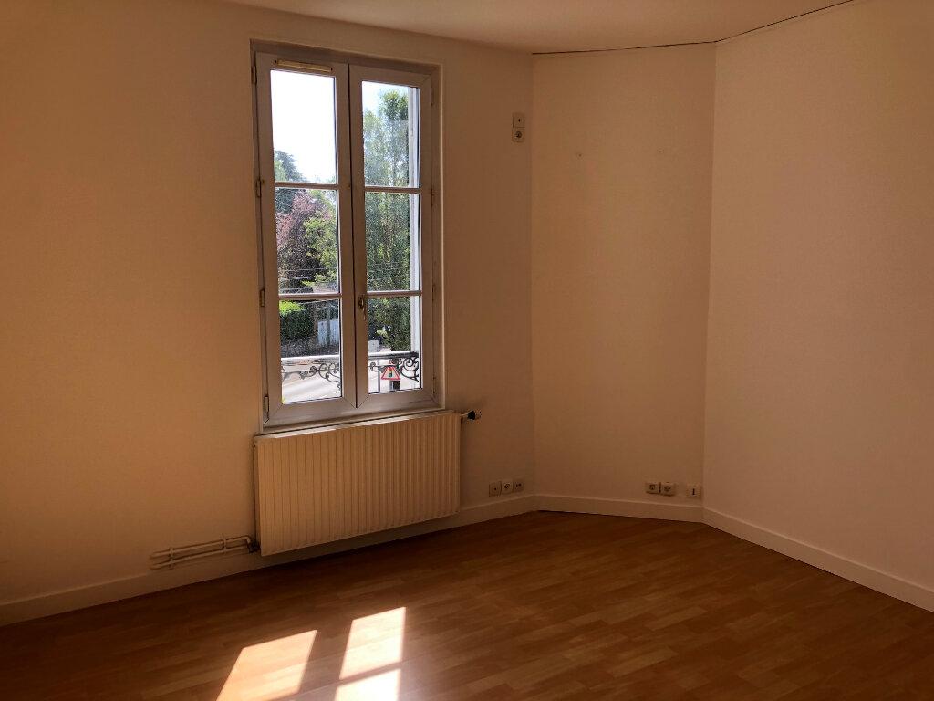 Appartement à louer 3 45.96m2 à Nanteuil-lès-Meaux vignette-2
