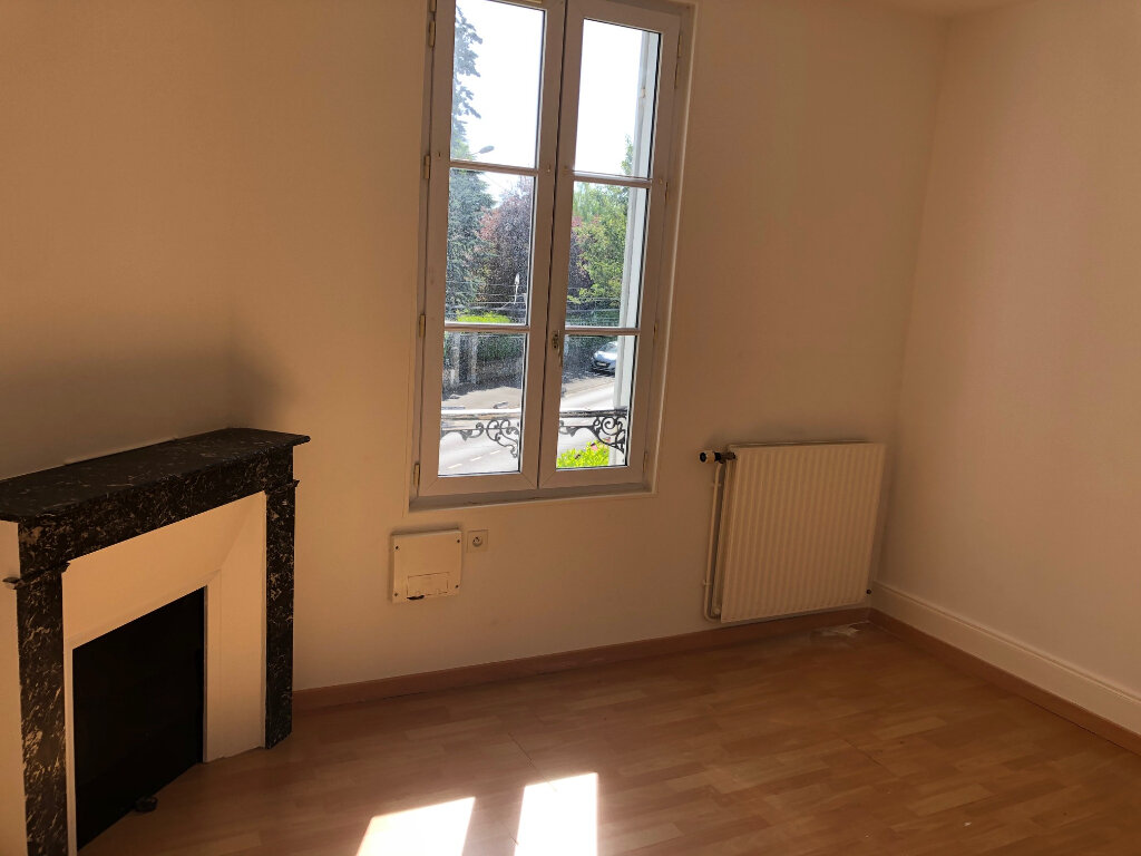 Appartement à louer 3 45.96m2 à Nanteuil-lès-Meaux vignette-3