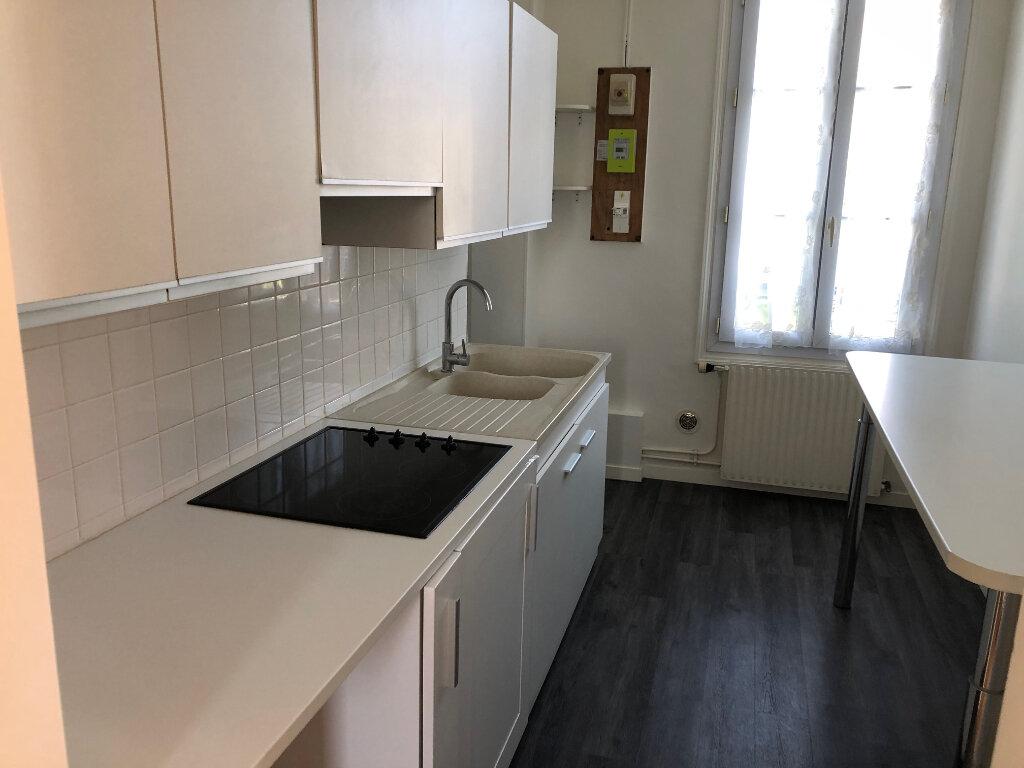 Appartement à louer 3 45.96m2 à Nanteuil-lès-Meaux vignette-5