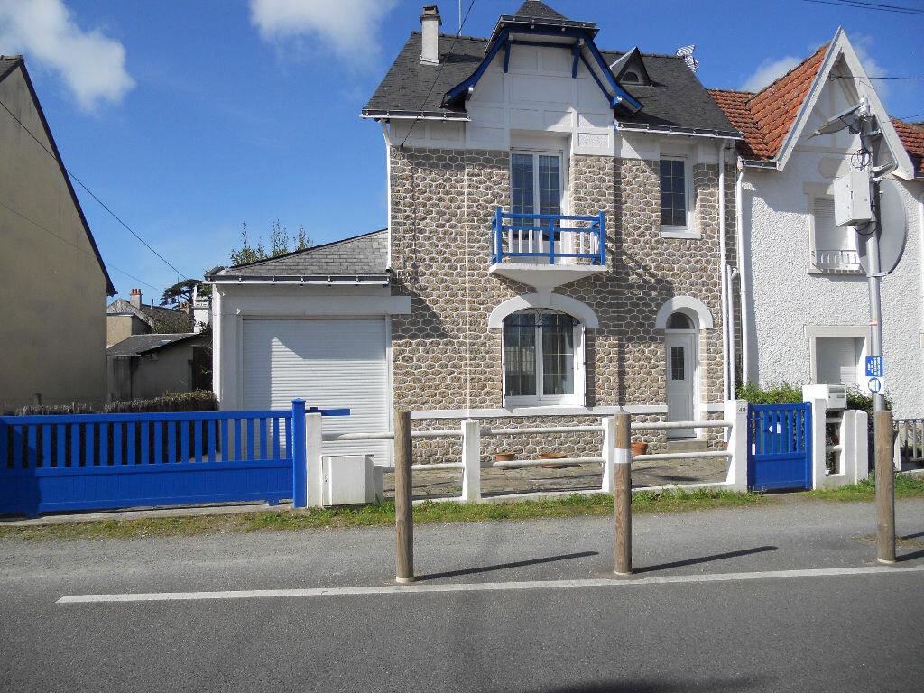 Maison à louer 3 75m2 à Pornichet vignette-1