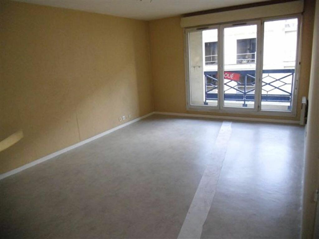 Appartement à louer 3 65.88m2 à Chelles vignette-3