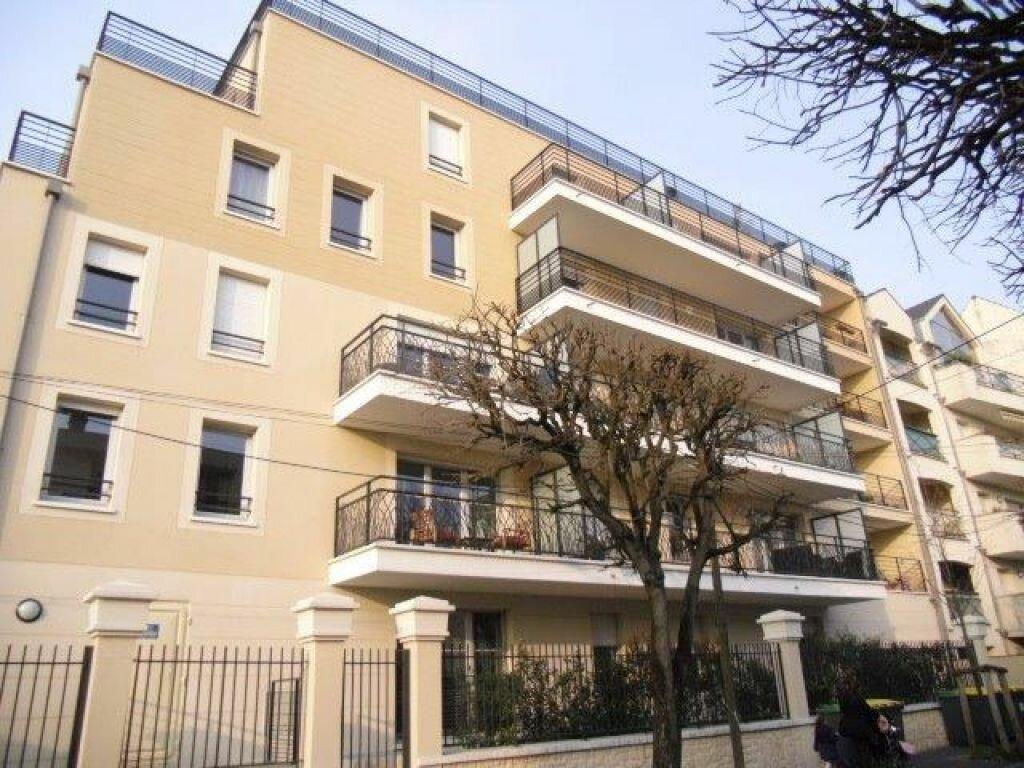Appartement à louer 2 43m2 à Chelles vignette-1