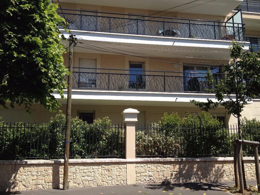 Appartement à louer 1 37.32m2 à Chelles vignette-1