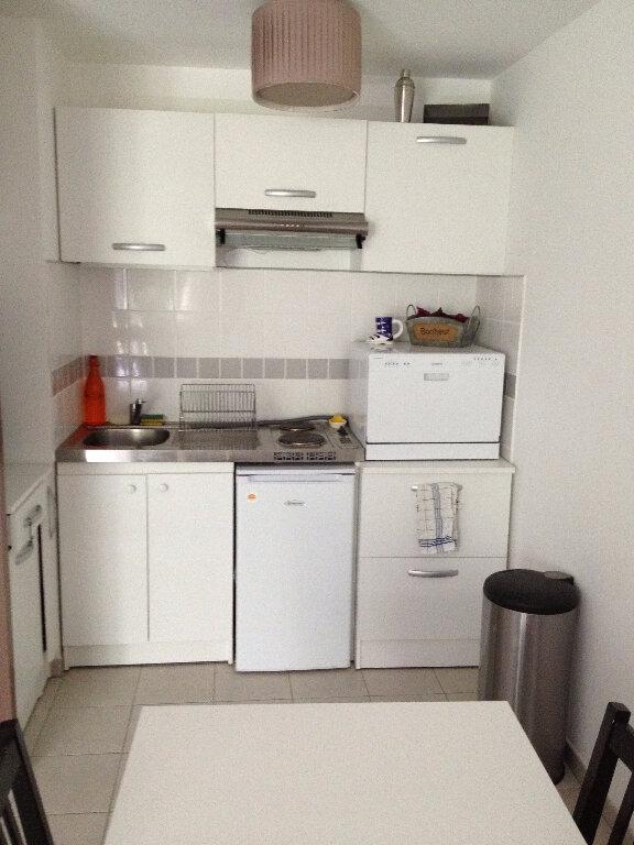 Appartement à louer 1 37.32m2 à Chelles vignette-5