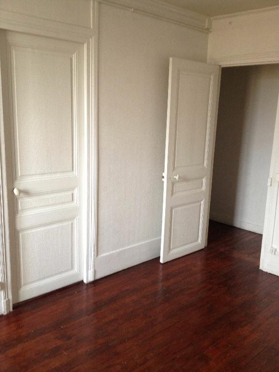 Appartement à louer 2 39.72m2 à Chelles vignette-2