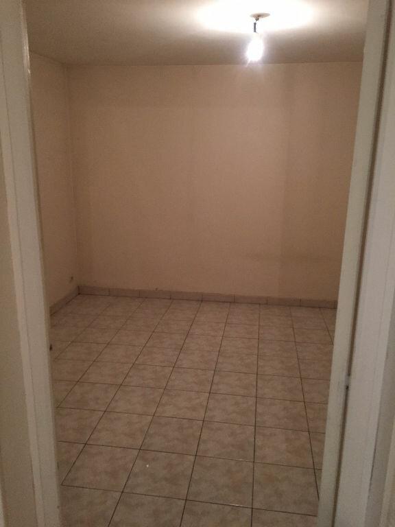 Appartement à louer 2 45.5m2 à Chelles vignette-3