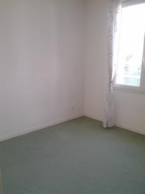 Maison à louer 5 104.1m2 à Chelles vignette-8