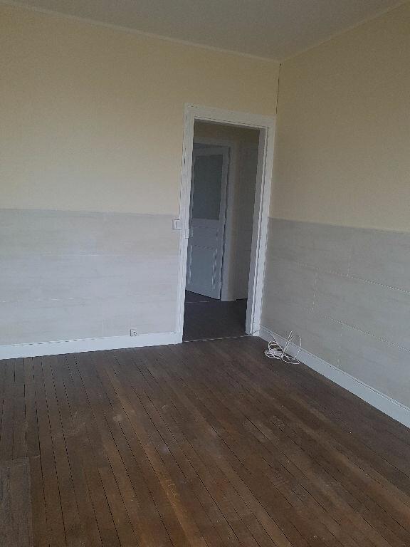 Appartement à louer 3 51.82m2 à Chelles vignette-4
