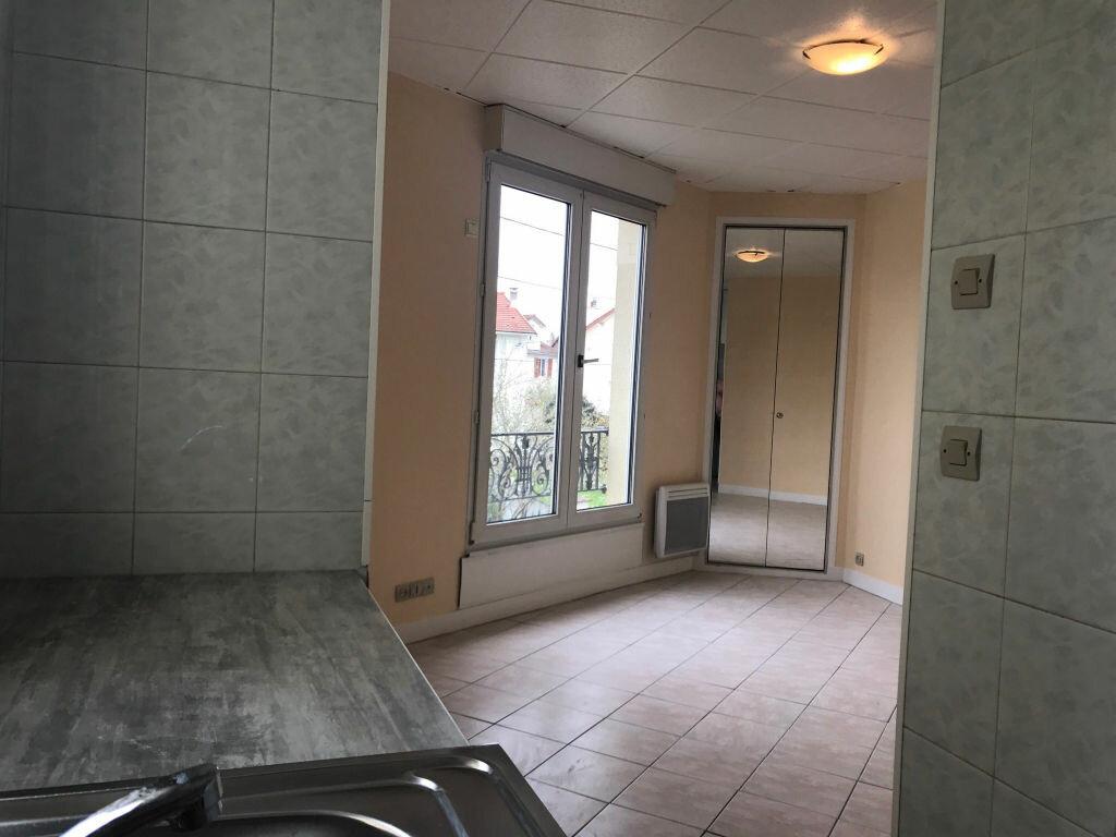 Appartement à louer 1 22.18m2 à Gagny vignette-2