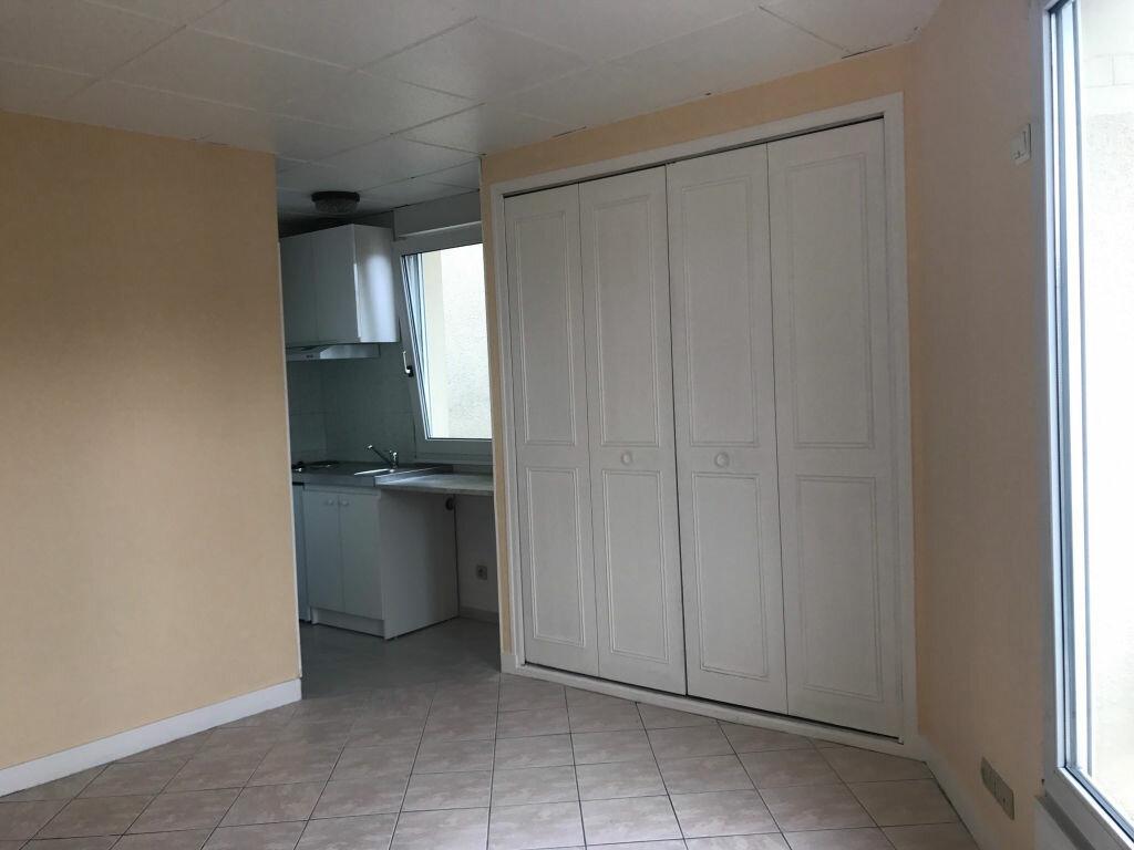 Appartement à louer 1 22.18m2 à Gagny vignette-3