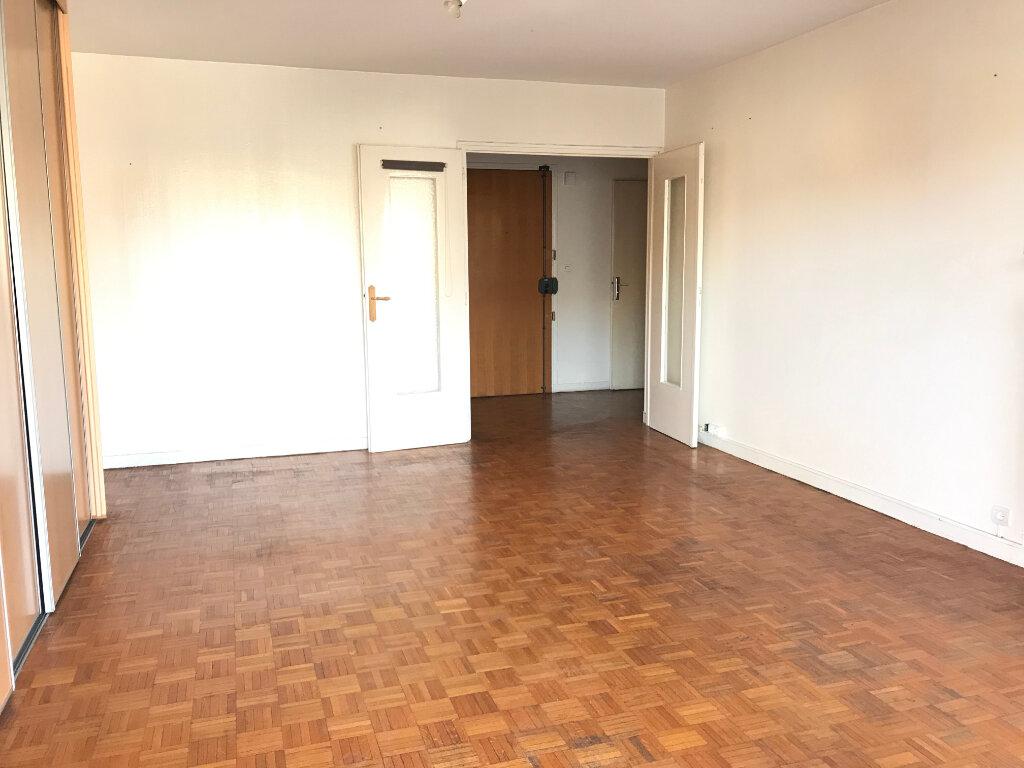 Appartement à vendre 2 62.6m2 à Chelles vignette-1