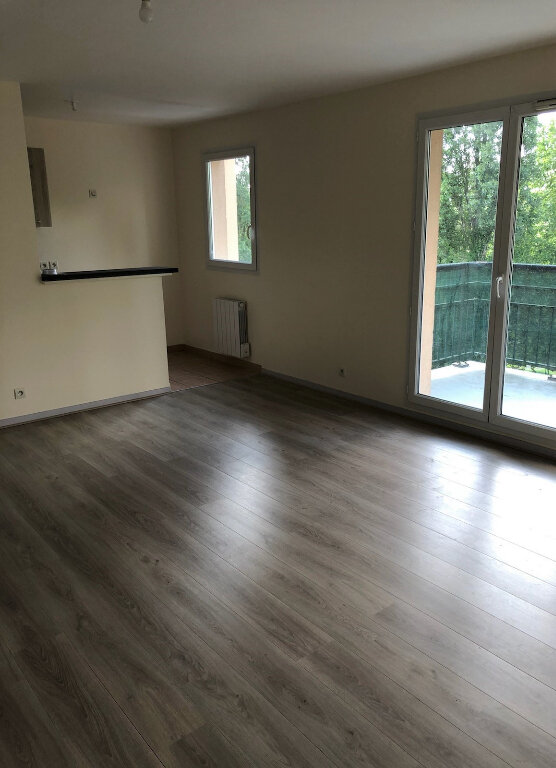 Appartement à louer 3 55.21m2 à Chelles vignette-4