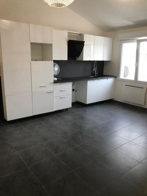 Appartement à louer 2 41.6m2 à Coubron vignette-2