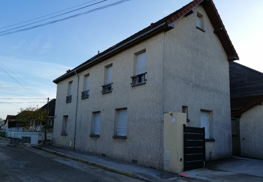 Appartement à louer 3 46m2 à Villeparisis vignette-1