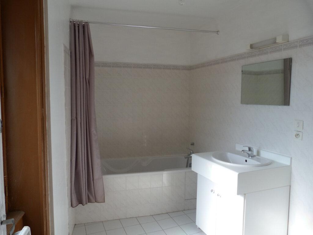 Appartement à louer 2 52.55m2 à Saint-Laurent-d'Agny vignette-3