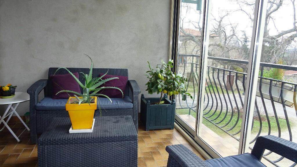 Maison à louer 4 85m2 à Soucieu-en-Jarrest vignette-4