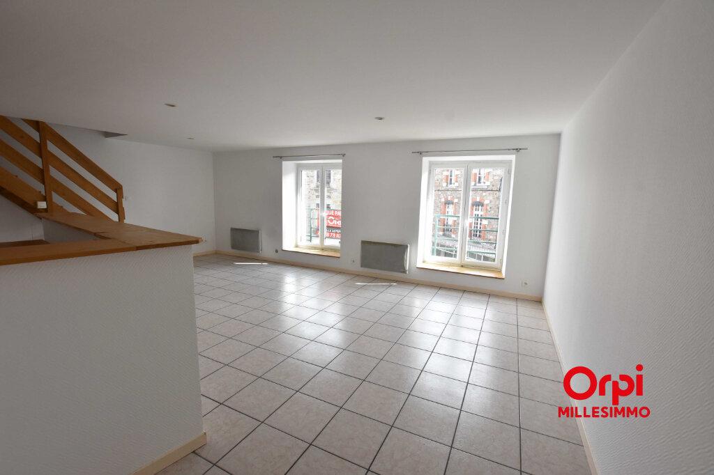 Appartement à louer 3 80m2 à Saint-Symphorien-sur-Coise vignette-3