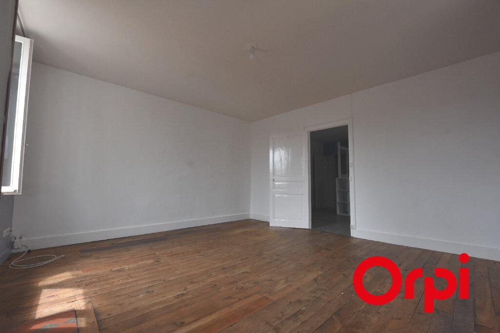 Appartement à louer 2 65m2 à Larajasse vignette-4