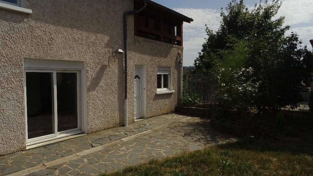 Maison à louer 3 81.35m2 à Saint-Symphorien-sur-Coise vignette-1