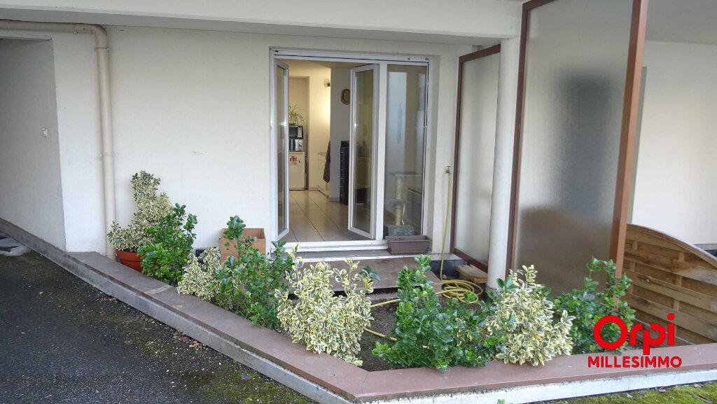 Appartement à louer 1 36.48m2 à Saint-Symphorien-sur-Coise vignette-1