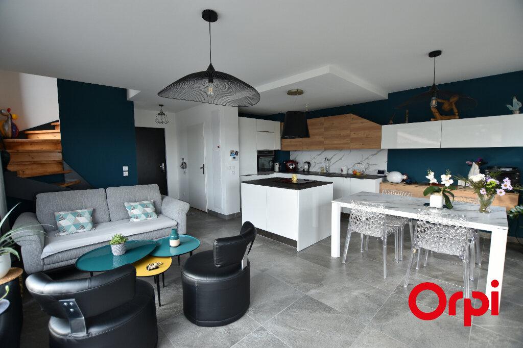 Appartement à vendre 3 66m2 à Saint-Laurent-d'Agny vignette-5