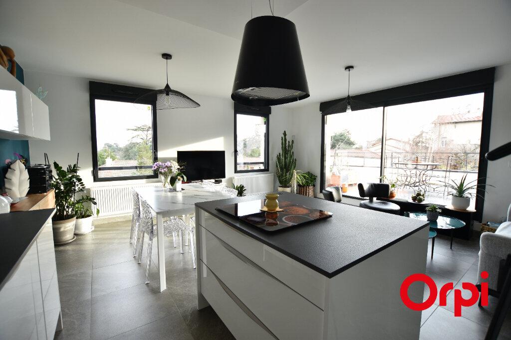 Appartement à vendre 3 66m2 à Saint-Laurent-d'Agny vignette-8