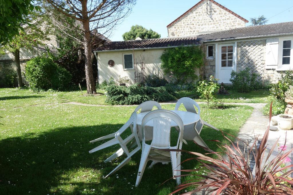 Maison à vendre 10 350m2 à Saint-Ouen-l'Aumône vignette-2