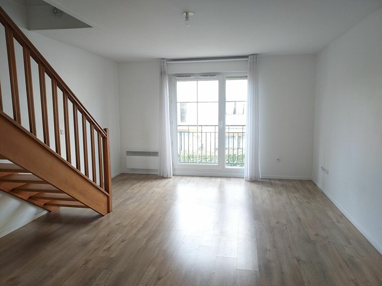 Appartement à louer 3 54.4m2 à Servon vignette-2