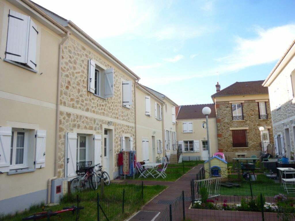 Maison à louer 3 60.35m2 à Grisy-Suisnes vignette-1
