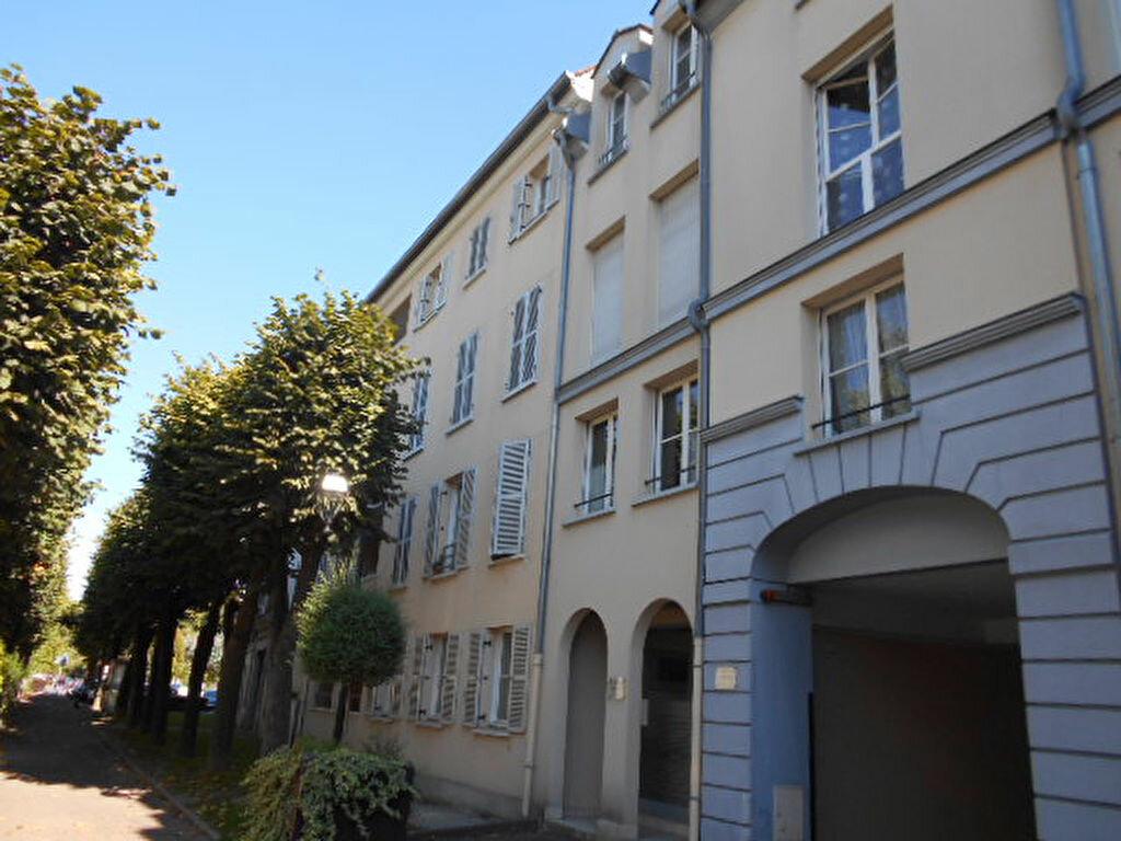 Appartement à louer 3 58.63m2 à Brie-Comte-Robert vignette-1