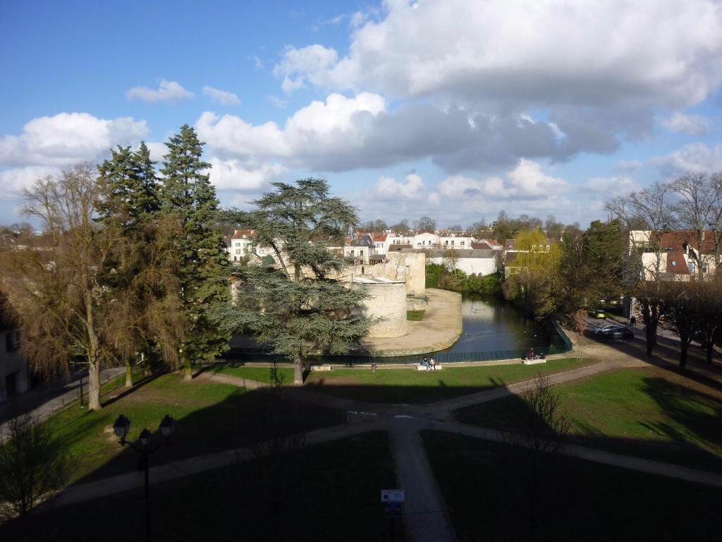 Appartement à louer 1 24.64m2 à Brie-Comte-Robert vignette-4